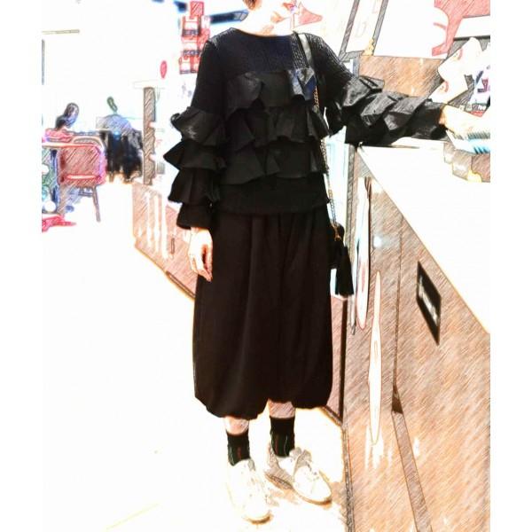026黑Ruffle針織上衣